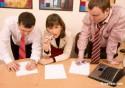 Примеры расчета компенсации при увольнении сотрудников