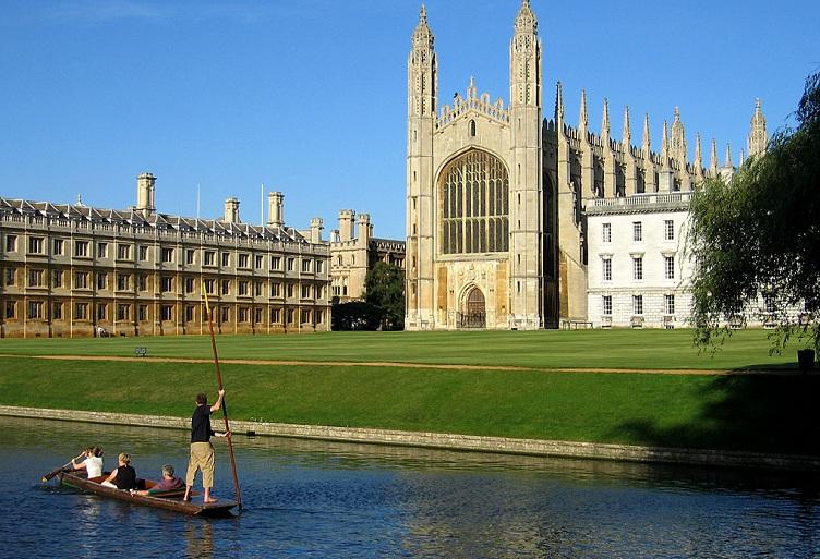 Кембриджский университет занимает 3 место