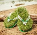 Модные вьетнамки с травой