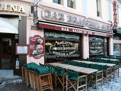 Вот такие кафе во Франции всегда актуальны