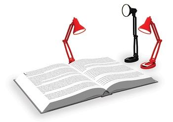 крошечная лампа для книг