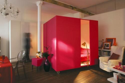 куб-кровать