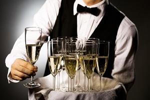официант с шампанским