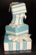 Продажа поддельных свадебных тортов