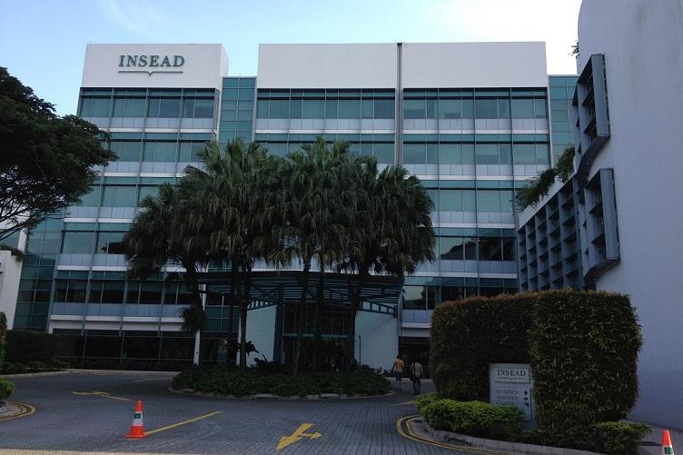 школа INSEAD в Сингапуре