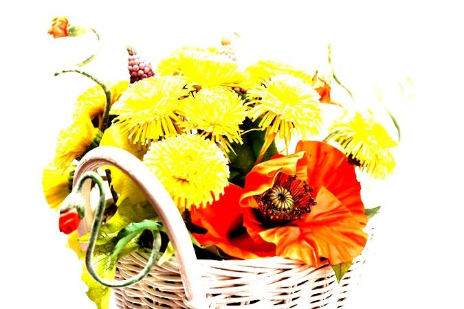 Бизнес на цветах, оформление цветов в корзину.