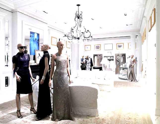 Как открыть магазин женской одежды в интернете?