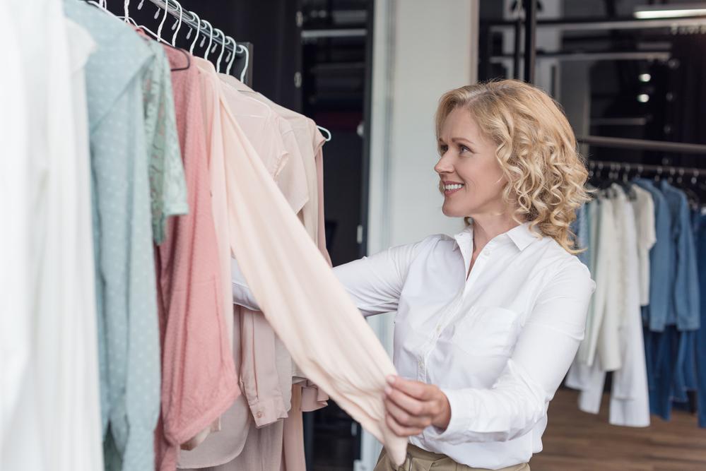 Как заработать на открытии магазина женской одежды