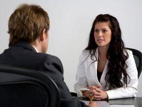 Проведение собеседования продавца-консультанта