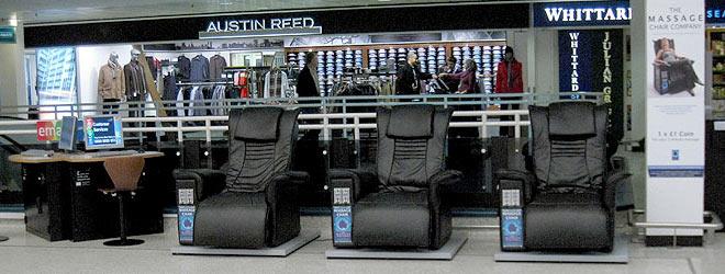 Массажные кресла в торговом центре