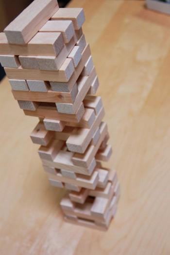 Настольная игра из дерева