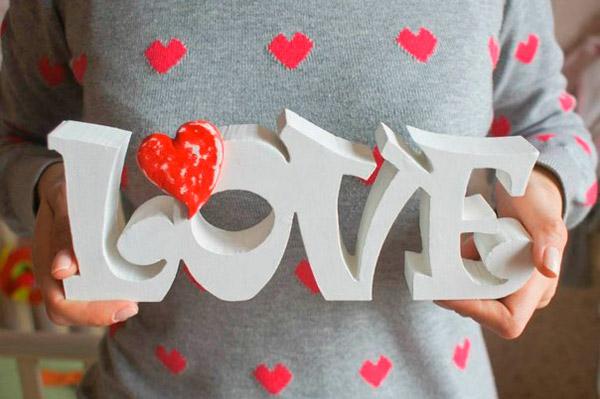 Как сделать буквы лове на свадьбу своими руками