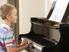 Как заработать на частных уроках фортепиано