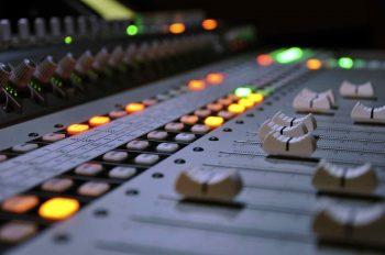 Звуковая реклама бизнес план бизнес с тайландом идеи