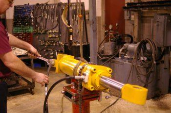 Как открыть бизнес с нуля: ремонт гидрооборудования. Основные этапы