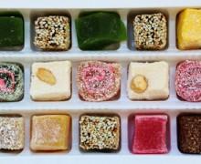 Как показать торговое помещение восточных сладостей