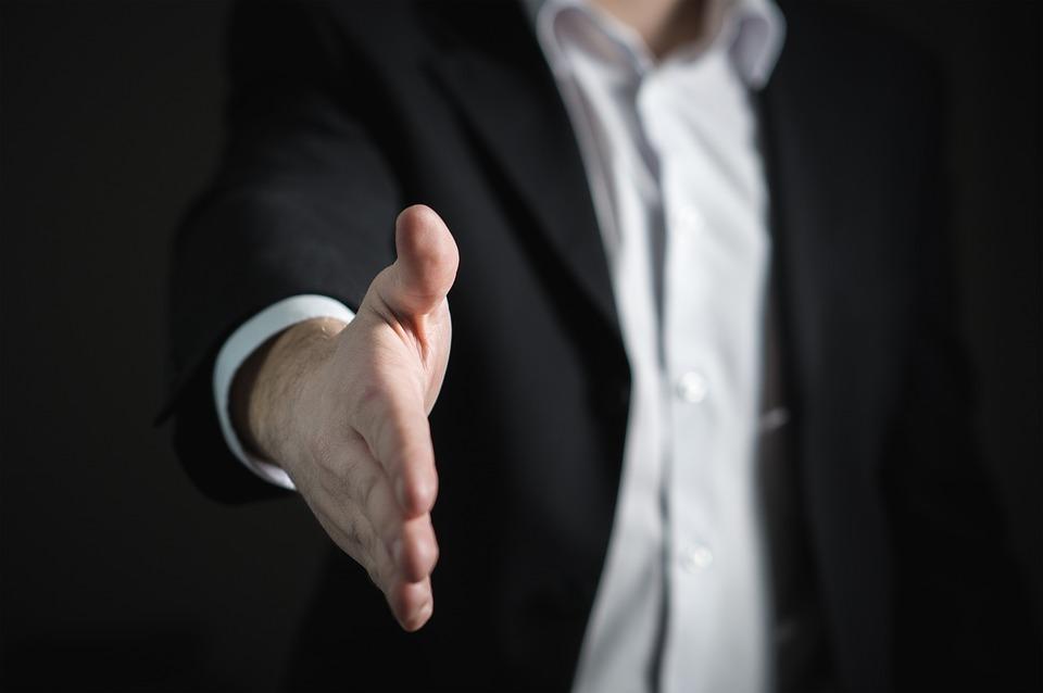 Утверждение особенностей контракта и цены работ