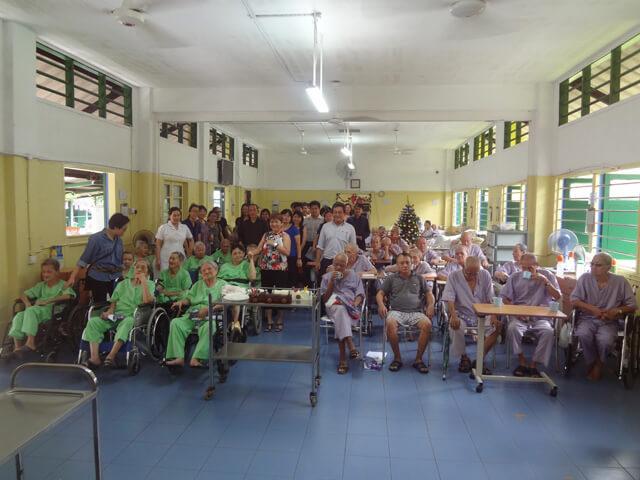 В первую очередь, стоит навести справки у местного населения относительно их отношения к домам престарелых