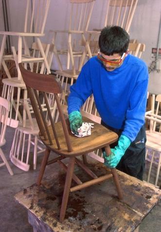 Заниматься производством стульев считается перспективным бизнесом