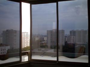 Тонировочная пленка на окна.