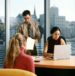 Месторасположением офиса лучше выбрать близкое соседство с бизнес-центрами