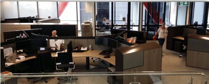 Офис адвокатской конторы желательно декорировать в нейтральных, спокойных тонах