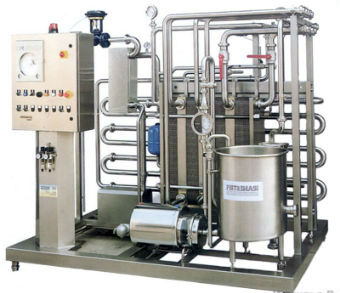 Вне зависимости от технологии сырье сначала подвергается сепарированию, пастеризации и дезодорации